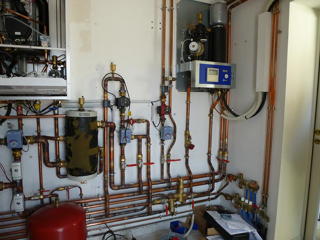 Jean marc sol installation salle de bains cl s en main - Echangeur pompe a chaleur piscine ...