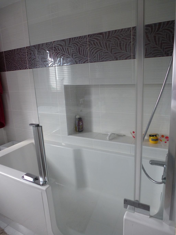 Jean marc sol installation salle de bains cl s en main for Salle de bain avec baignoire encastrable